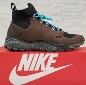 New NIKE Zoom Talaria Mid Flyknit Sneakers